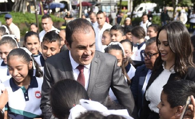 """""""Que bueno que hagan la marcha, nosotros en conjunto vamos a seguir trabajando"""" y el tema de inseguridad no es exclusivo de Morelos, apuntó el mandatario al recordar que como alcalde de Cuernavaca también participó en una marcha contra de la violencia que prevalecía en Morelos"""