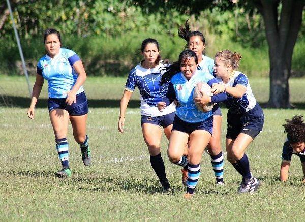 Las jovencitas de Tlahuica Rugby Femenil ya metidas de lleno en la ronda de las finales se alistan para dar el gran paso en su proceso de crecimiento y desarrollo de este deporte, donde poco a poco han ido sumando nuevos retos dentro de sus objetivos para llegar a los primeros lugares de la categoría de primera fuerza de la zona centro