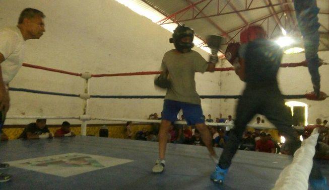 Al evento acudió José Guadalupe Cuadros Ávila, presidente de la Unión Mexicana de Boxeo de Excelencia (UMBE), quien además cuenta con una gran trayectoria dentro de los encordados