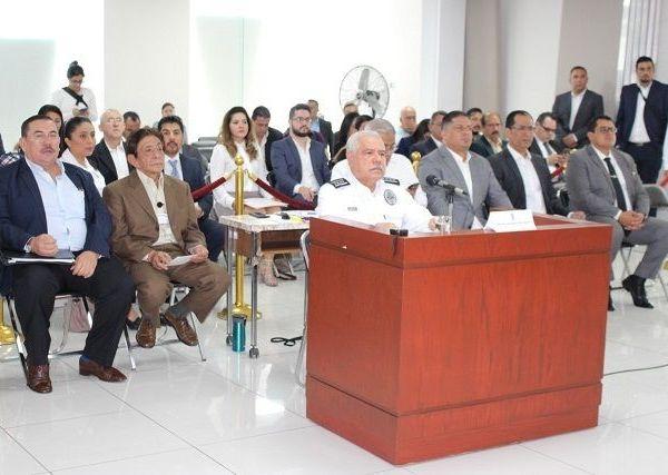 Así lo informó el comisionado de Seguridad Pública, Almirante José Antonio Ortiz Guarneros, durante su comparecencia ante diputados en el Salón de Comisiones del Congreso del Estado, como parte de la Glosa del Primer Informe de Gobierno