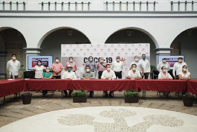 """""""Los presidentes municipales de Morelos tratamos de salir adelante por la contingencia que ocasiona el coronavirus, nuestro propósito es salvaguardar la vida de nuestra gente"""", expresó el alcalde de Cuernavaca, Antonio Villalobos Adán"""