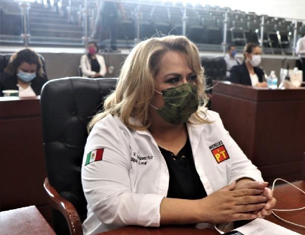 Durante la sesión ordinaria celebrada este día, la diputada subrayó que la actual pandemia ha provocado en México la pérdida de más de un millón de empleos, lo cual es una situación inédita en toda la historia moderna del país, y genera en los trabajadores y sus familias un fuerte nivel de estrés, que afecta su productividad, y su estabilidad laboral y emocional