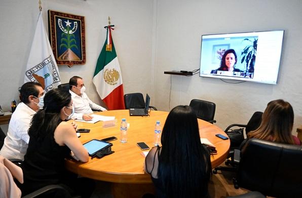 Dicha sesión se llevó a cabo con la finalidad de analizar el semáforo epidemiológico que elabora el Gobierno Federal, así como la entrada en vigor del Tratado entre México, Estados Unidos y Canadá (T-MEC), nuevo acuerdo comercial que sustituye al Tratado de Libre Comercio (TLCAN)