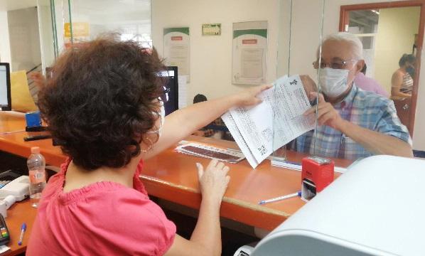 El uso de cubrebocas, gel antibacterial, tapetes desinfectantes, así como señalética para informar estos protocolos