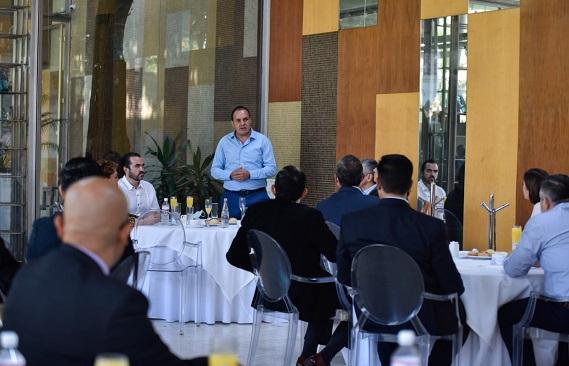 Acompañado por el secretario de Gobierno, Pablo Ojeda, el mandatario reiteró la apertura al diálogo y a mantener las puertas abiertas para buscar en conjunto soluciones, en beneficio de las familias que más lo necesitan