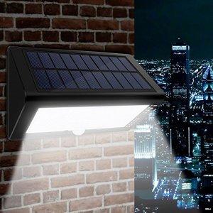 Lampe Solaire Detecteur de Mouvement – 4000mA Super Grande Capacité & Solar + USB Charge pour Intempéries Hiver & 35 LED Lampe Solaire Extérieur IP65 Imperméable, 4 Modes Réglable & Économies d'énergie Lumières Solaire Puissant pour Jardin Cour