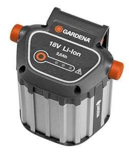 Batterie système BLi-18 de GARDENA: accessoires pour de nombreuses tondeuses, souffleurs et taille-haies GARDENA, puissance de 18 V avec capacité de 2,6 Ah, durée de charge env. 4 h (9839-20)
