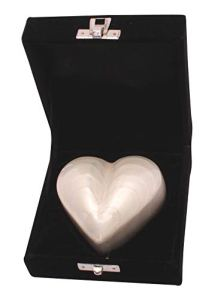 UrnsWithLove Petite urne funéraire en Forme de cœur pour Cendres, Mini urne funéraire (Blanc nacré)