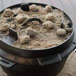BBQ-Toro Dutch Oven Premium Série I déjà brûlé – pré-assaisonné I différentes Tailles I Casserole en Fonte I rôtissoire avec soulève-Couvercle ((C) – DO9P – 9,0 Liter, Exempt Pied)