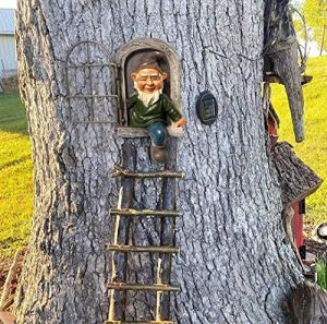 Elf Out The Door Tree Hugger,Garden GNOME Statue Ornaments for Outdoor, GNOME Figurines, Indoor Tree Sculpture Decoration and Gift (Man)
