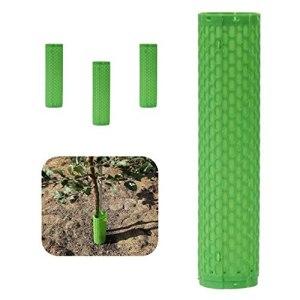 Protection pour plantes et arbres. Enroulez de grands tubes extensibles autour de l'écorce du tronc, des plantes de paysage