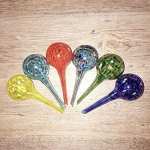 UYT 6 dispositifs d'arrosage ronds en verre de couleur aléatoire, lot de 6 petits globes d'arrosage en verre multicolore, chacun mesure 15,2 cm (L) x 6,3 cm (P)