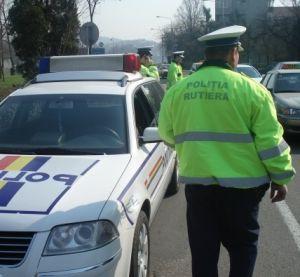 S-a urcat la volan fără permis, fără nicio jenă. Poliția din municipiul Hunedoara l-a depistat în trafic