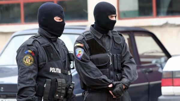 Contrabandiști vizați de polițişti