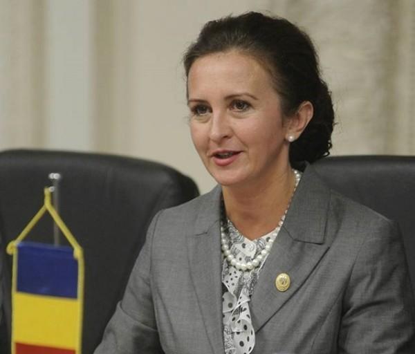 """Natalia Intotero (deputat PSD de Hunedoara): """"Eu mi-aș dori ca, odată ce lucrurile vor fi corect și complet explicate, oamenii să înțeleagă singuri că au fost victime ale unor dezinformări"""""""