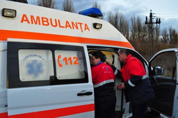 Graba și neatenția au băgat trei oameni în spital