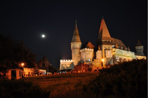 """""""Noaptea Muzeelor"""" la Castelul Corvinilor / Programul complet al manifestărilor"""