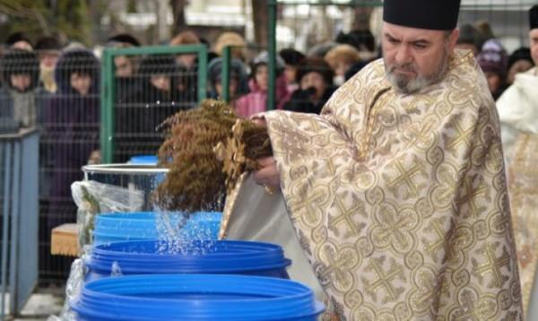 Sărbătoare mare pentru ortodocși. Ce nu ai voie să faci AZI sub nicio formă