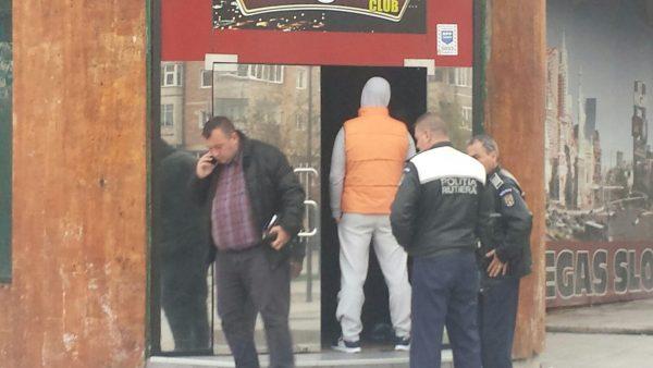 Tâlharii de la cazino rămân în arest