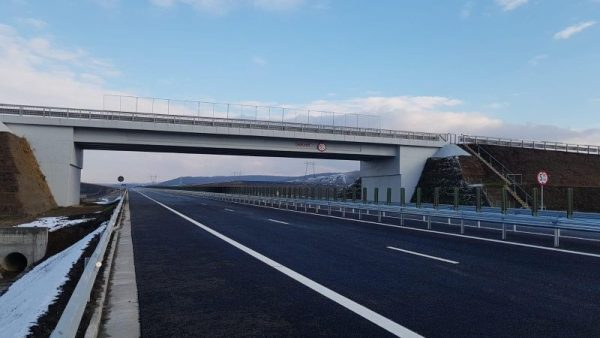 Alți 14 kilometri de autostradă au fost deschiși circulației. CNAIR a recepționat două loturi din Autostrada Transilvania