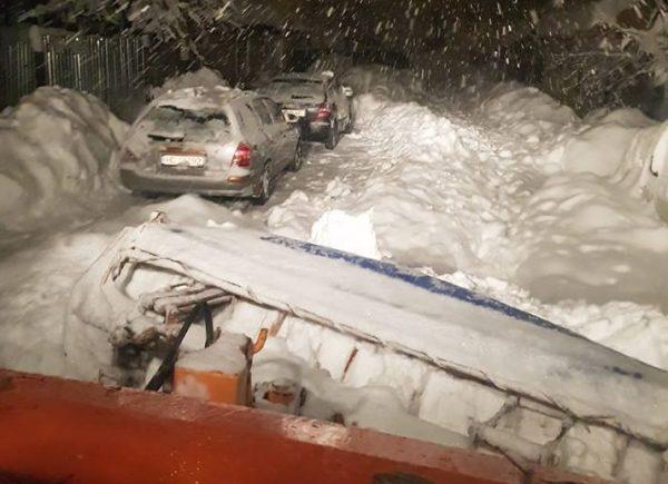 Codul portocaliu de zăpadă a paralizat întreaga Vale a Jiului