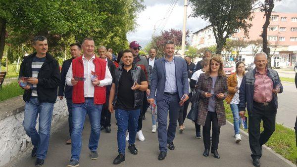 """Ultimele pregătiri la PSD Lupeni pentru """"ploaia de voturi"""" de duminică"""