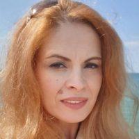 Poeta Ana Podaru din Vulcan a plecat între stele
