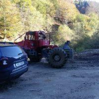 Sancțiuni pentru exploatare neconformă și transport ilegal de lemne în orașul Petrila