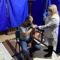 Prefectul și subprefectul de Hunedoara s-au vaccinat împotriva Covid-19