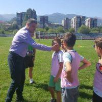 Primarul Lucian Resmeriță sprijină reînființarea echipei de fotbal Minerul Lupeni