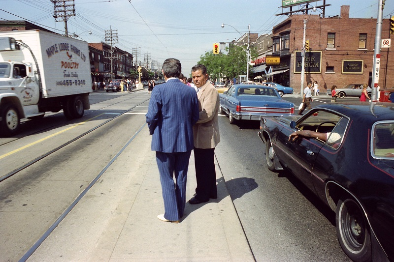editing, film photography, Toronto, 1983, colour, street photography, Avard Woolaver