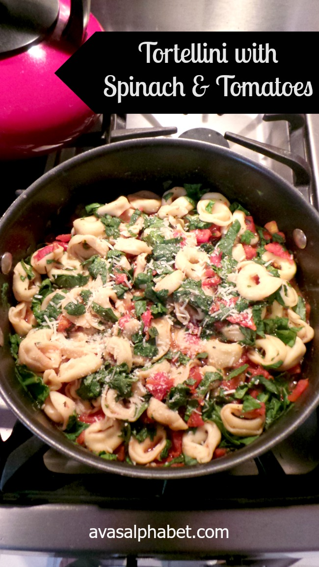 Tortellini with Spinach and Tomatoes