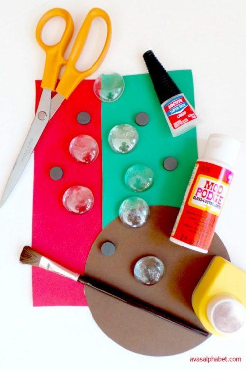 DIY Apple Magnets for Teacher Gifts