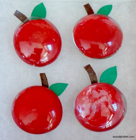 DIY Apple Pumpkin Tic-Tac-Toe