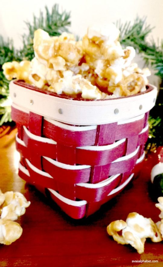 Grandma's Old-Fashioned Caramel Corn Recipe