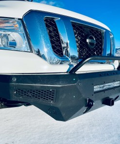 Nissan NV 3500 Lifted front bumper