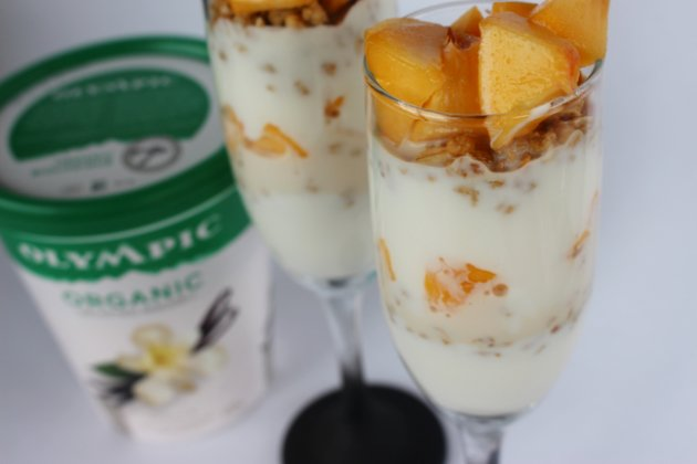 Peaches And Cream Granola Yogurt Parfait