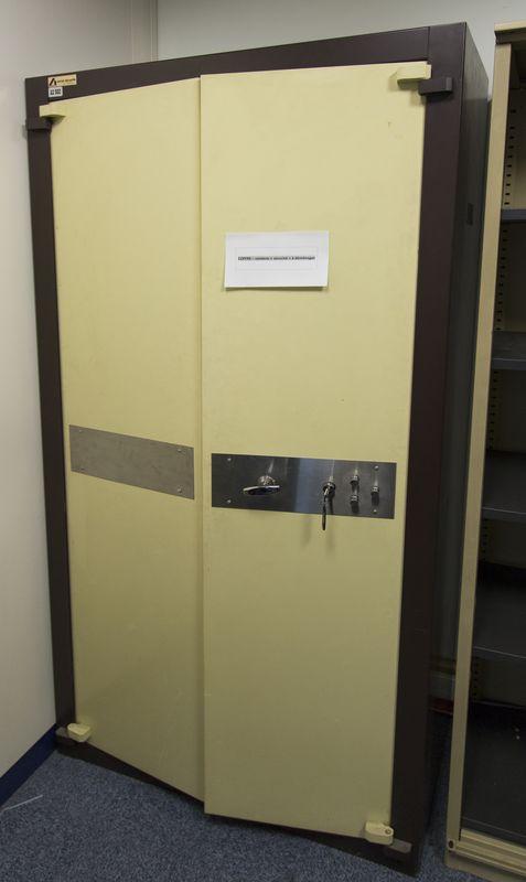 Armoire Forte De Marque Acial Securite Beige Et Marron