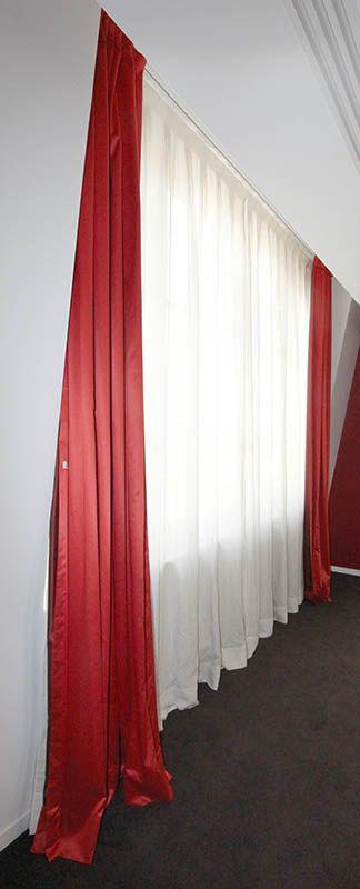 2 unites 2 paires de rideaux dont 1 paire de voilage en coton blanc et 1 paire opacifiant en tissu