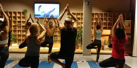 Master class yoga. Xuan Lan