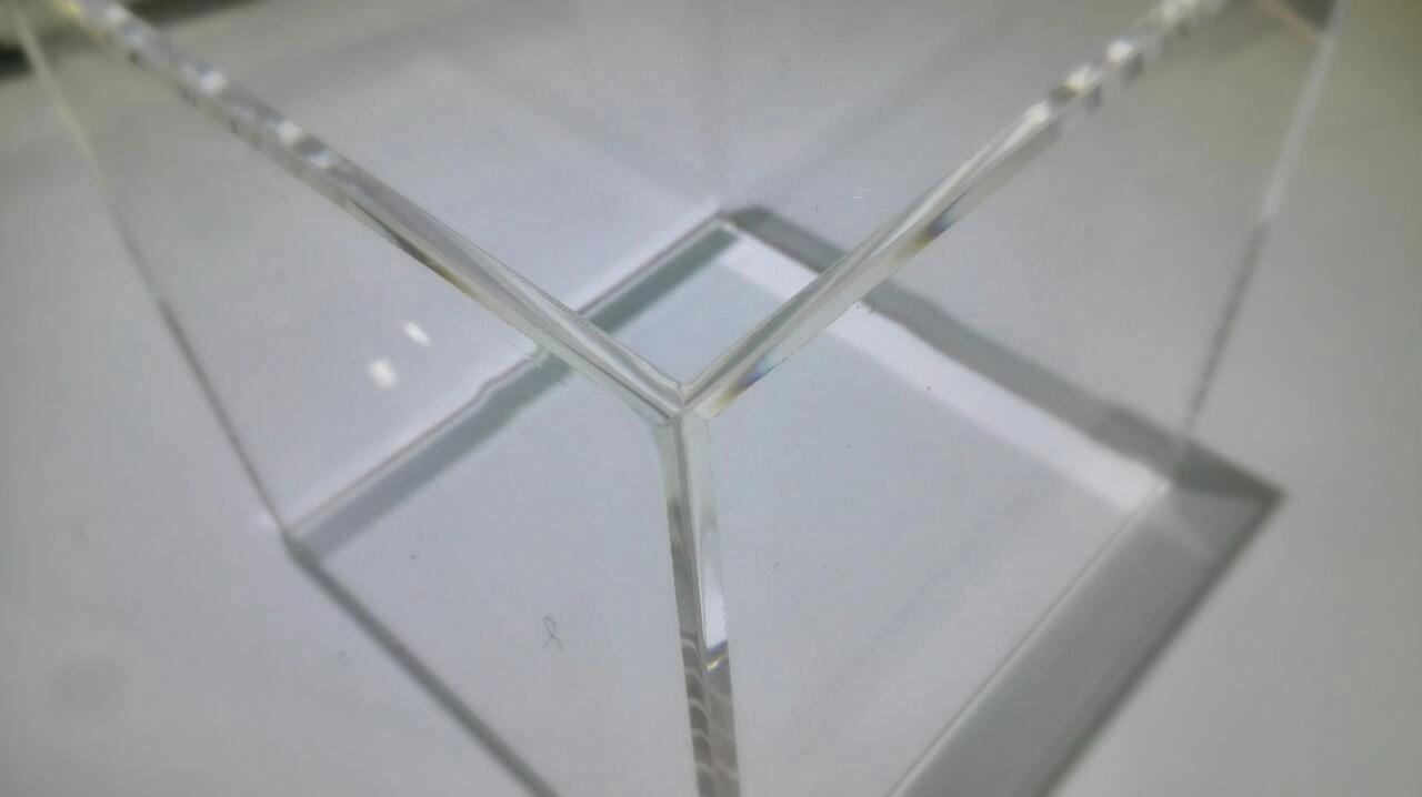 Collage plexiglas