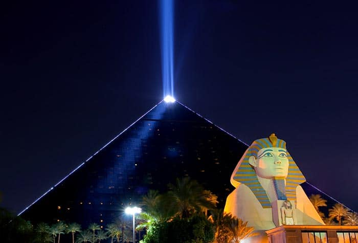 Luxor Hotel in Las Vegas! There are so many amazing hotels in Las Vegas it can be overwhelming trying to pick just one! Here is our list of the top 5 hotels in Las Vegas.