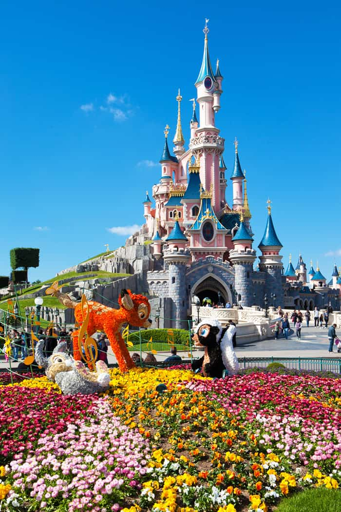 10 things you have to see your first time in Paris | Disneyland in Paris | Avenly Lane Travel