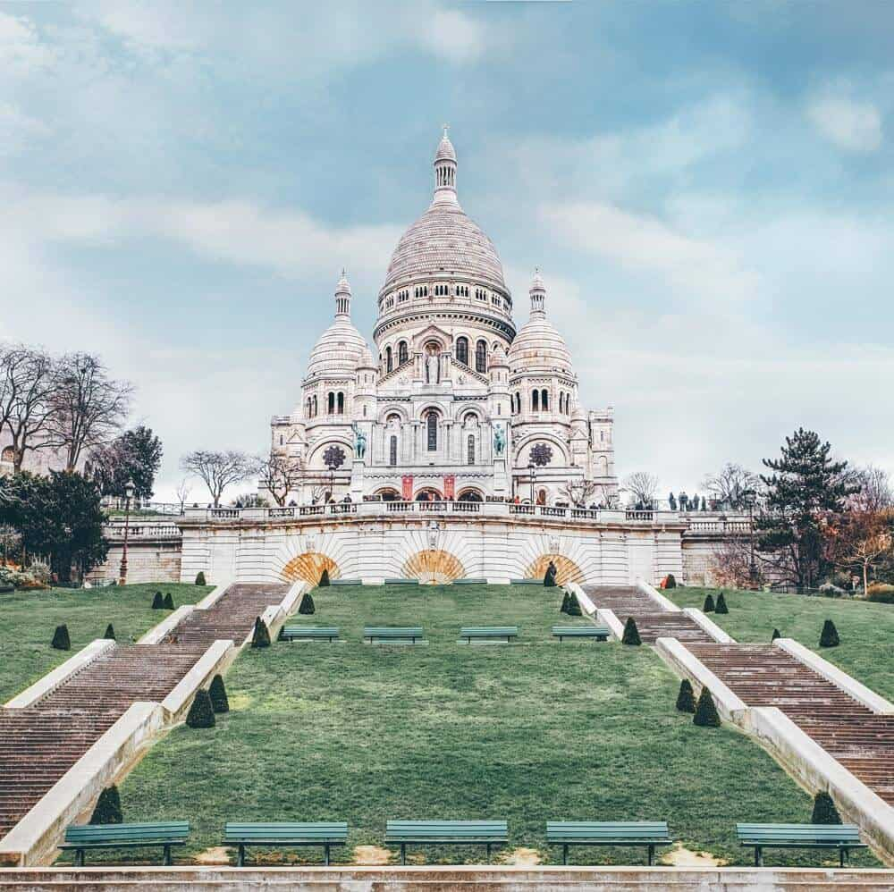 10 things you have to see your first time in Paris | Basilica of Sacre Coeur | Avenly Lane Travel