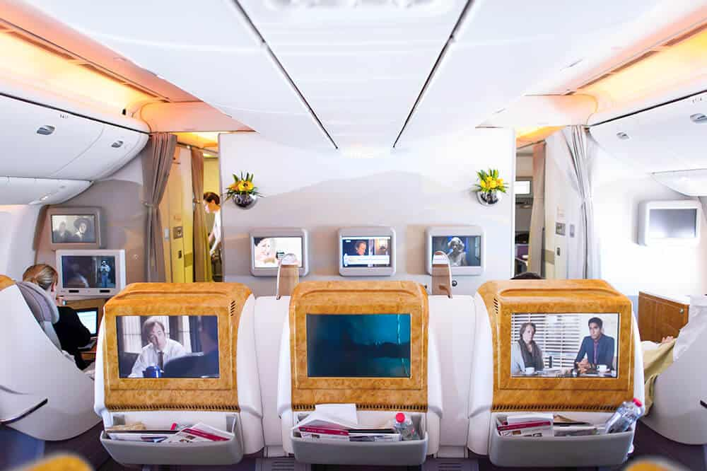 Flying with Emirates - The world's best airline. Avenlylanetravel.com