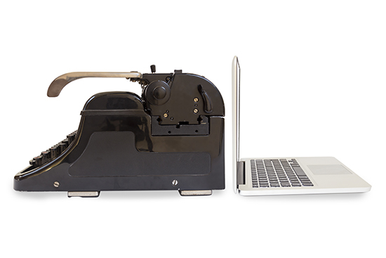 laptop-typewriter