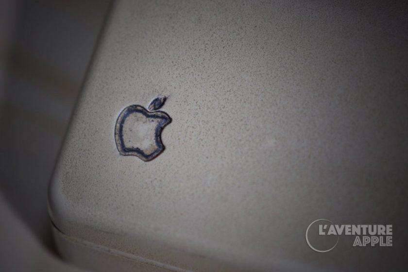 Souris ASB apple très sale