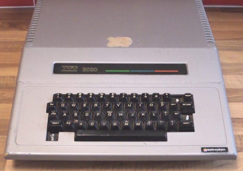 ITT 2020 - clone d'Apple II - sur eBay