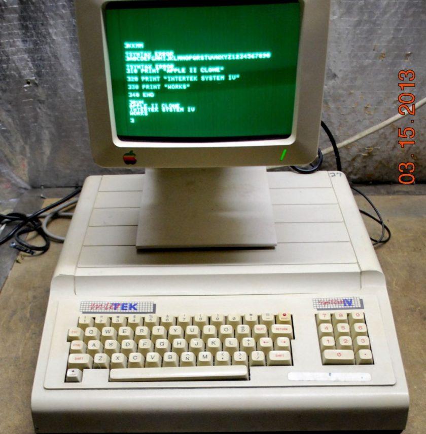 Clone Apple II : Intertek System IV