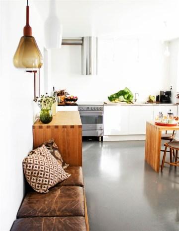 Une banquette dans la cuisine - Aventure Déco